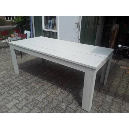Steigerhouten tafels