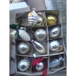 Doos oude kerstballen kerst10